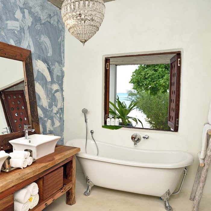 romantic bathrooms zanzibar 9