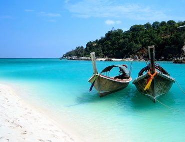 romantic bathtubes in Zanzibar