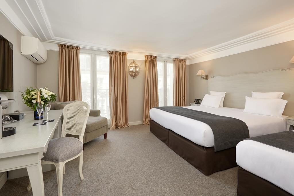 family hotels in Paris 4