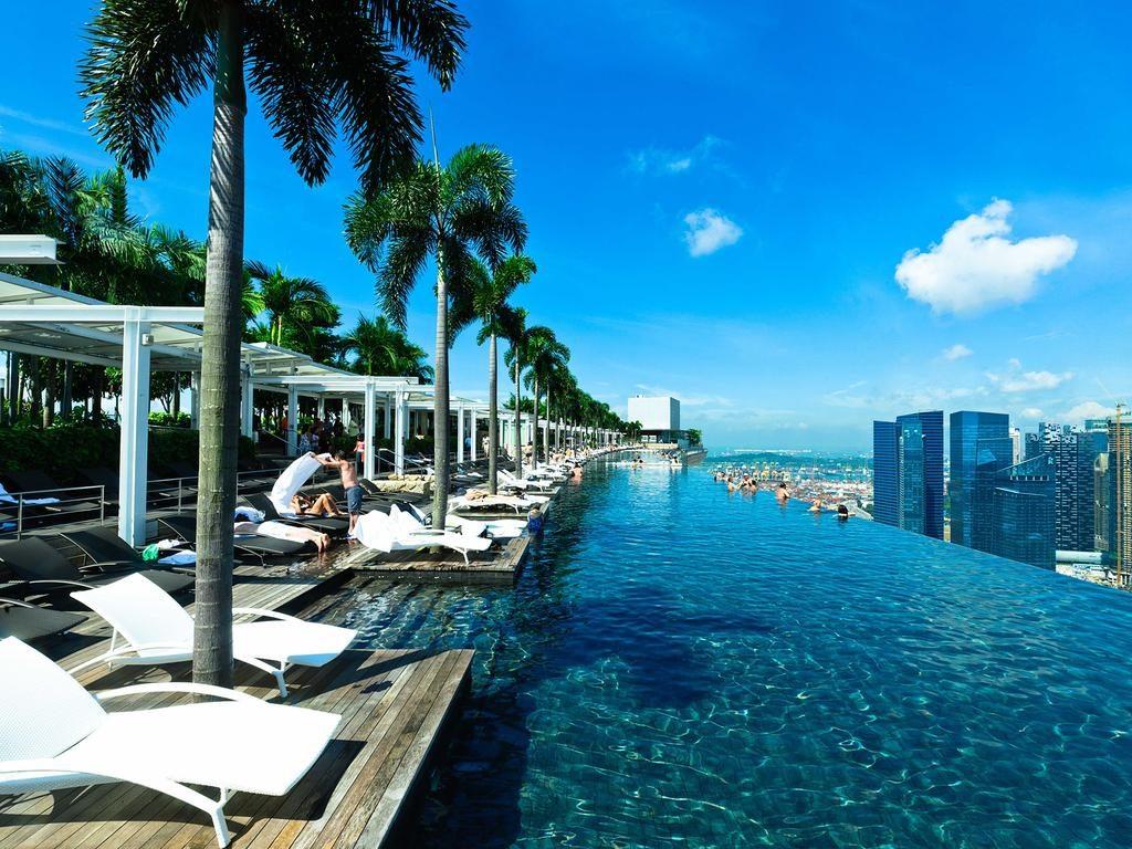 Marina Bay Sands Romantic Hotel